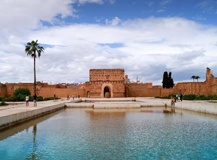Marrakech gebouw met water