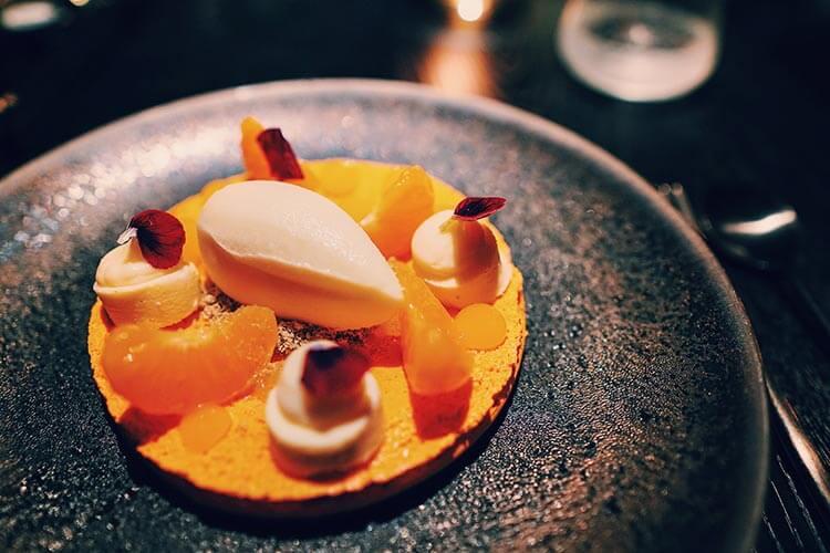 Dessert macaron restaurant Vandal Rotterdam