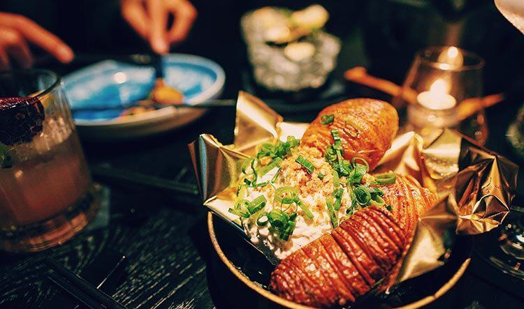 Hasselback aardappels bij restaurant Vandal in Rotterdam