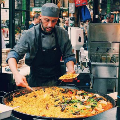 Culinaire reis door Spanje paella